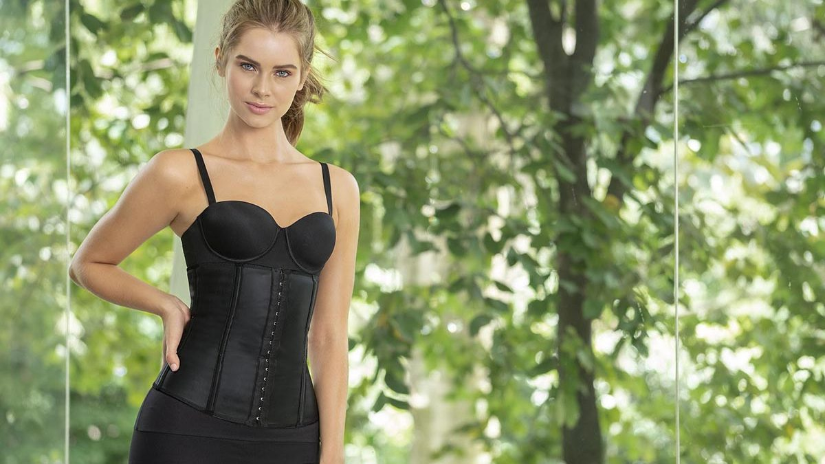 How To Begin Waist Training with Pictures?